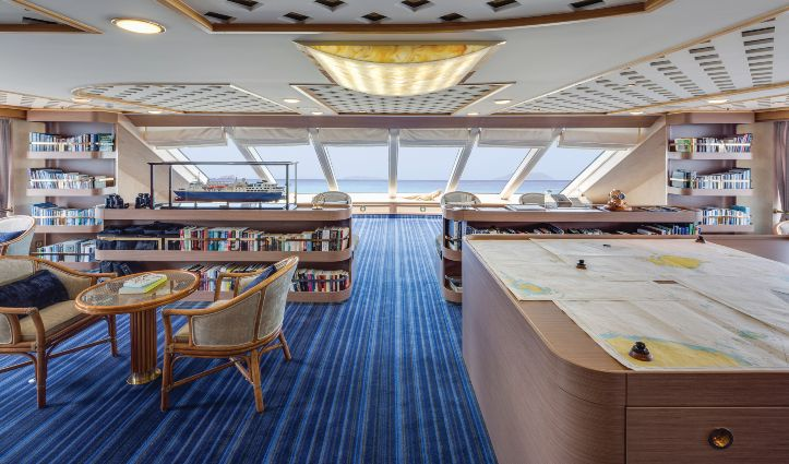 National Geographic Orion. Observation Lounge - Library