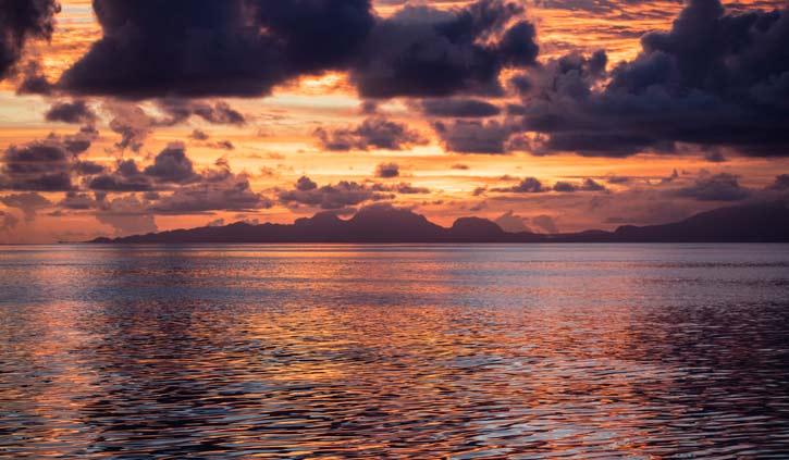 Sunset-Misool-Island-Raja-Ampat-shutterstock_1209645985-725