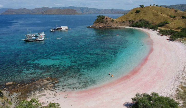 Pink beach Indonesia