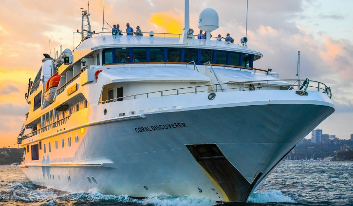 Sydney harbour - Coral Discoverer