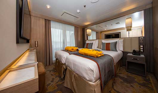 World-Explorer-Owners-Suite
