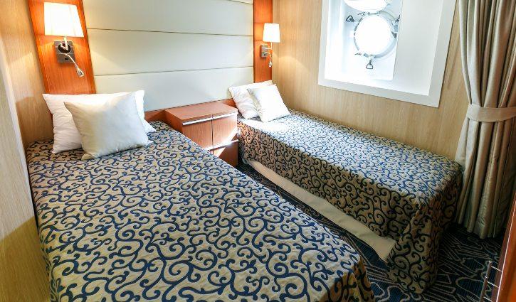 Twin Porthole Suite, Ocean Endeavour