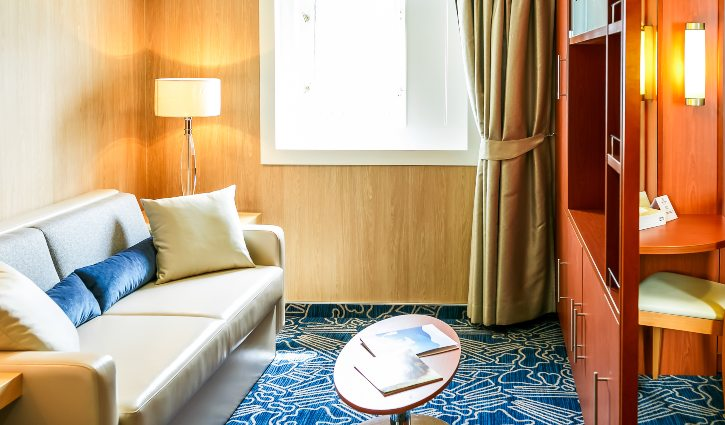Ocean Endeavour Twin Window Suite