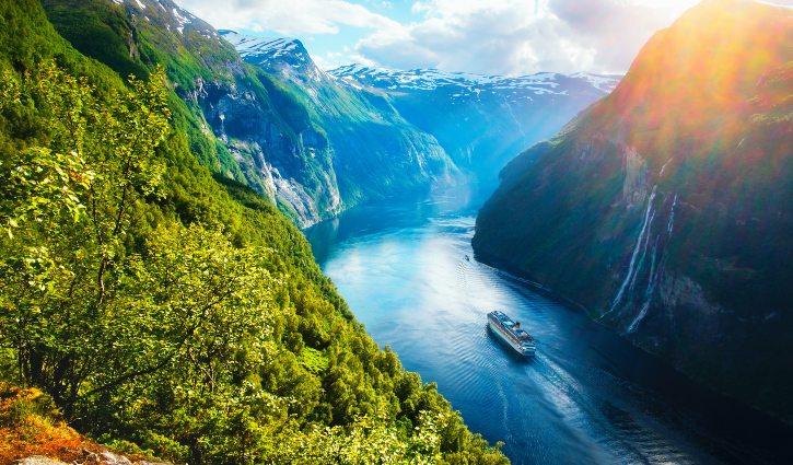 Sunnylvsfjorden Fjord, Norway