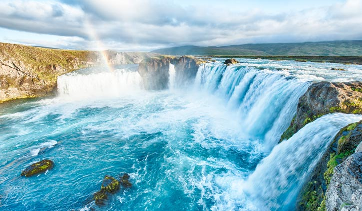 Godafoss-is-a-very-beautiful-Icelandic-waterfall.-It-is-located-on-the-North-of-the-island-not-far-from-the-lake-Myvatn-725-423--shutterstock_168276551