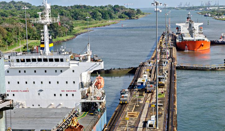 Panama-Canal-shutterstock_263637494