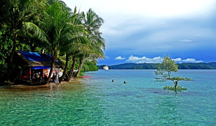 Roon Islands - Coral Expeditions