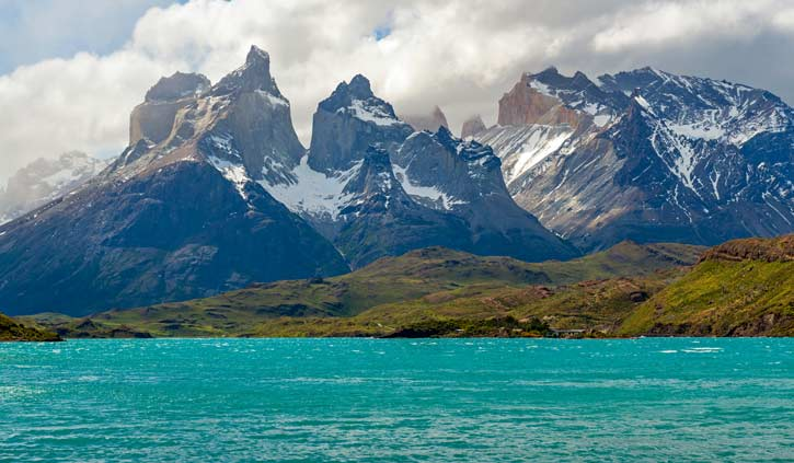 The-Cuernos-del-Paine-lake-Pehoe-in-Chilean-Patagonia,-Torres-del-Paine-national-park-725-423-shutterstock_1247945821