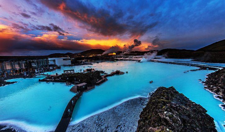 Blue Lagoon Iceland shutterstock_458690731 resize