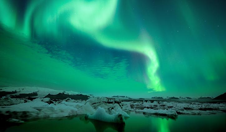 Northern Lights Glacier Lagoon pro cruises