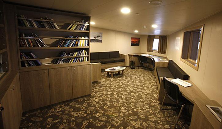 Library-Plancius