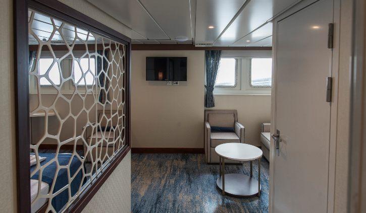 Owner Suite - Entrance ocean advernturer