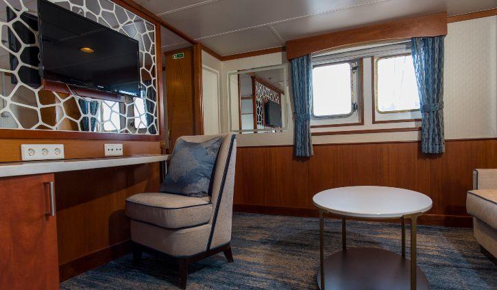 Suite - Living Room ocean adventurer resize
